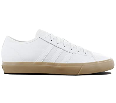 new styles 4aaa2 9944b adidas Matchcourt RX, Chaussures de Skateboard Homme, Multicolore-Blanc  Ftwbla Gum4,
