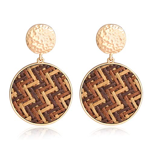 vogueknock Rattan Earrings for Women Bohemian Gold Hammered Disc Woven Rattan Straw Circle Drop Earrings (Beige and Brown Stripe)