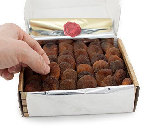 Premium Organic Dried Apricots | Raw, Non GMO, Vegan, Vegetarian, Unsulfured, Sun Dried Fruit, Turkish Apricots, No Sugar Added, Gift Box 100g by Avicenna BIO Food (Image #3)'
