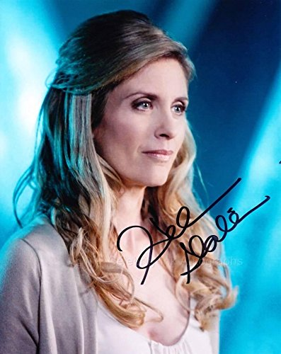 HELEN SLATER as Lara-El - Smallville GENUINE AUTOGRAPH from Celebrity Ink