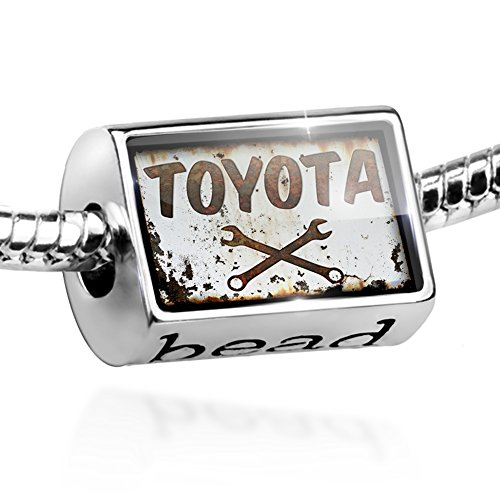 charm-rusty-old-look-car-toyota-bead-by-neonblond