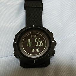 Amazon Co Jp 腕時計 メンズ 高度計 気圧計 天気 温度計 スポーツ活動量計 歩数計 カロリー デジタル コンパス アウトドア 登山 二つ時間表示 ストップウオッチ アラーム時報 バックライト 日本語説明書付き Wrist Watches