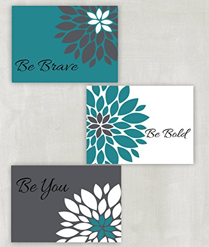 wall art in teal colors - 3