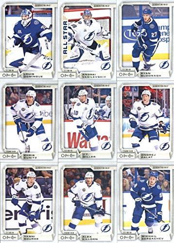 2018-19 O-Pee-Chee Hockey Tampa Bay Lightning Team Set of 16 Cards in a 4-Pocket Notebook: Nikita Kucherov(#4), Anton Stralman(#32), Brayden Point(#48), Ryan Callahan(#81), Victor Hedman(#96), Tyler Johnson(#130), Steven Stamkos(#160), Yanni Gourde(#204), Alex Killorn(#249), Mikhail Sergachev(#282), Ondrej Palat(#309), J.T. Miller(#343), Chris Kunitz(#347), Andrei Vasilevskiy(#389), Louis Domingue(#415), Ryan McDonagh(#456) ()