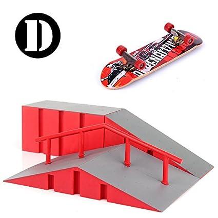 Rampas Skatepark, Mini Kit Diapasón Parque del Patín Monopatín Dedo Entrenamiento En La última Puntales Juguete Regalo de Navidad Para Niños (D)