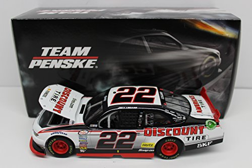 lionel-racing-n225823dtjl-joey-logano-22-discount-tire-2015-ford-mustang-xfinity-series-124-scale-ho