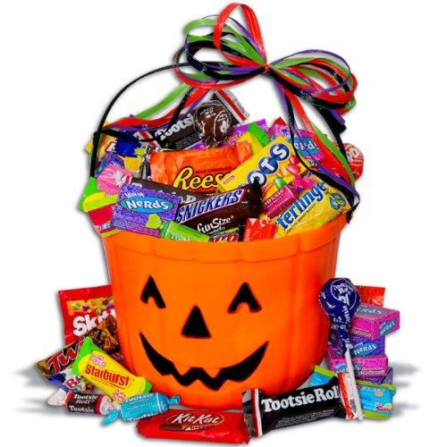 Amazoncom No Tricksonly Treats Halloween Gift Basket