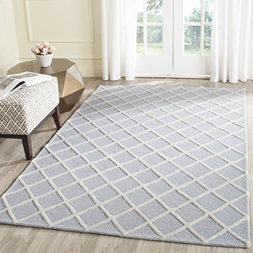 Safavieh Cambridge Collection CAM135A Handcrafted Moroccan Geometric Light Blue and Ivory Premium Wool Area Rug (8' x 10') by Safavieh
