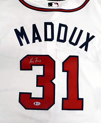 Atlanta Braves Greg Maddux Autographed White Authentic Majestic Cool Base Jersey Size 52 Beckett BAS