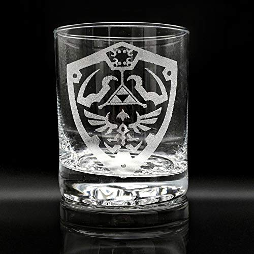 Inspired by The Legend of Zelda HYLIAN SHIELD CREST Engraved Pint Glass