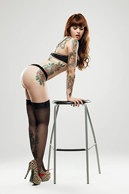 32f16ae380bf1 Amazon.com: Curvy Pin Up Girl with Tattoos Photo Art Print Poster ...