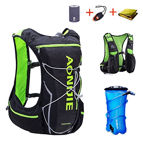 cf184222f5 TRIWONDER Hydration Pack Backpack 10L Deluxe Running Race Hydration Vest  Outdoors Mochilas for Marathon Running Cycling Hiking (Black&Green - with  2L Water ...