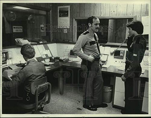 1980 Press Photo Explorer Post member volunteers at Rotterdam, NY Police station ()