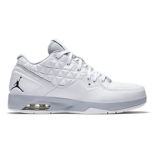 Jordan Men -  Air Jordan Clutch Basketball Shoes in White/Black/Wolf Grey