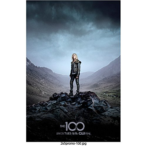The 100 Eliza Taylor as Clarke Griffin Standing Tall Distance Shot 8 x 10 Inch Photo