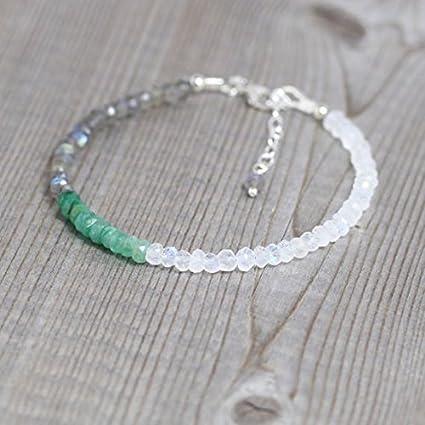 Pulsera esmeralda, labradorita y piedra lunar arcoíris en plata de ley, relleno de oro o rosa. Dainty Ombre Pulsera apilable con cuentas de piedras preciosas de 3,5 a 4 mm