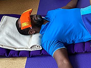 /Rot Yoga United Lavendel Eye Kissen/