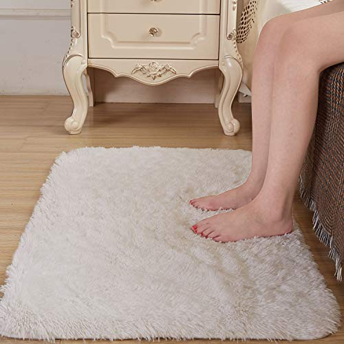Amangel Super Soft Cozy White 2' x 3' Area Rug, High Pile Faux Fur Bedside Rugs Non Slip Shaggy Fluffy Plush Fur Rugs for Bedroom Floor Fuzzy Furry Throw Rugs Small Carpets Rectangle (Super Soft White Rug)