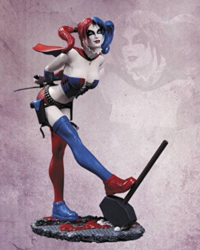 DC Collectibles DC Comics Cover Girls: Harley Quinn Statue (Second Edition) - Huntress Bust