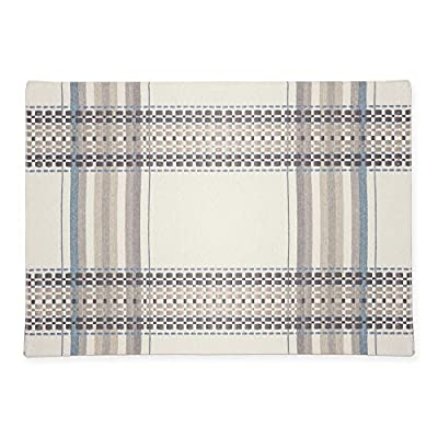 "HomeCrate Elegant French Picnic Collection Placemats, 13"" X 19"" - Set Of 4 - LIVE IN STYLE! - The elegant French Picnic collection placemats has the perfect combination of size, color, quality, and style, allowing you to choose the best table linen for every occasion! FRENCH PICNIC COLLECTION - The stunning, detailed and decorative design, is made to be elegant yet simple and classy. This fresh contemporary design will surely adorn your table decor throughout the year. ADD A FRESH TOUCH - Dress up your table top and update your home with the attractive placemats that will enhance and brighten up your home, and will surely add a beautiful touch to your table decor. - placemats, kitchen-dining-room-table-linens, kitchen-dining-room - 51q8vlEhNlL. SS400  -"