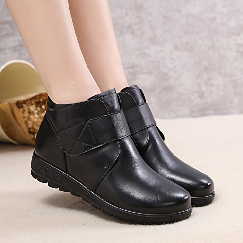 KHSKX-Winter Mother Shoes Shoes Boots A Really Old Soft Soled Shoes Leather Shoes And Cashmere Thermal Elderly Non Slip Boots Black 1uUxruL