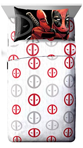 Marvel Deadpool Invasion 4 Piece Queen Sheet Set White/Red/Gray (Spiderman Sheets For Queen Bed)