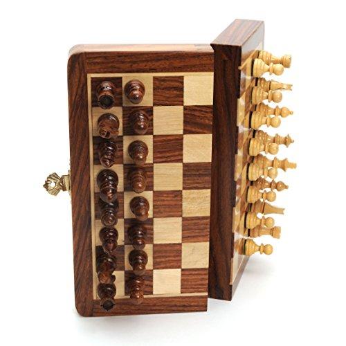 Juego de ajedrez magnético de madera plegable - 7 in.