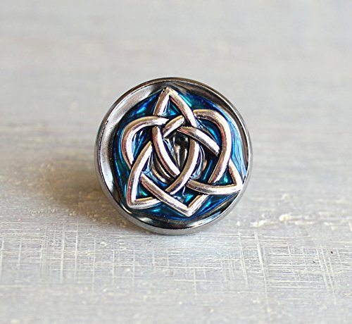 Sky blue celtic knot tie tack / lapel pin. by Nature With You