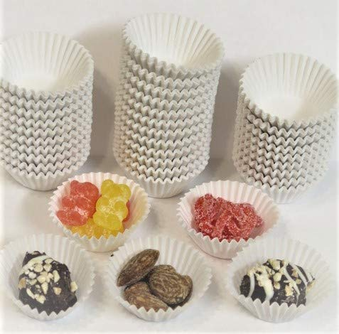 Decony Mini White Baking Cups candy cups 1