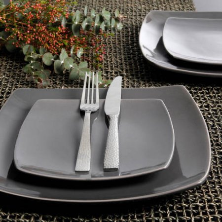 Gibson Elite Soho Lounge Reactive Glaze 16 Piece Dinnerware Set in Gray; Includes 4 Dinner Plates; 4 Dessert Plates, 4 Bowls and 4 Mugs (Square Sets Grey Dinnerware)