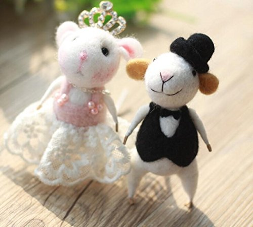 WellieSTR Natural Wool Roving Needlecrafts Needle Felted Felting Character Starter Kit: Lovely mouse couple (Needle Felted Mouse)