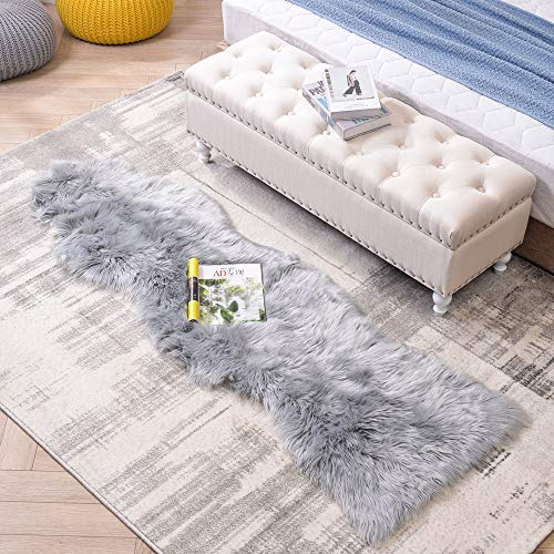 LEEVAN Sheepskin Rug Faux Fur Rug Super Soft Fluffy Chair Cover Seat Shaggy Single Pelt Floor Mat Carpet Accent Home Decor(Grey,2' x 5')