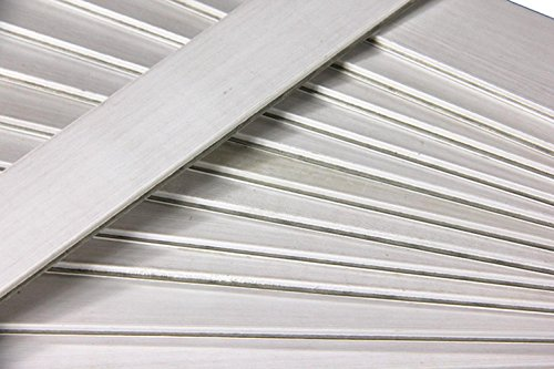 Club Pack of 25 White Colored Wooden Straight Edges with Metal Strips - 12