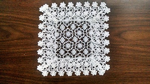 Doily Square with Country Flowers and Lace, Size 9 x 9 inches