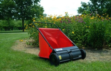 best-lawn-sweeper-Agri-fab-Push-Model