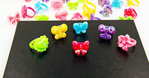 9Snail 36pcs Assorted Plastic Chunky Rings for Costume Princess Theme Party Favors Giveaways Girl Goody Bag Kids Reward Prizes