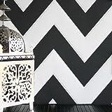 ZigZag' Geometric designed Wallpaper in Black and White (Full Roll)