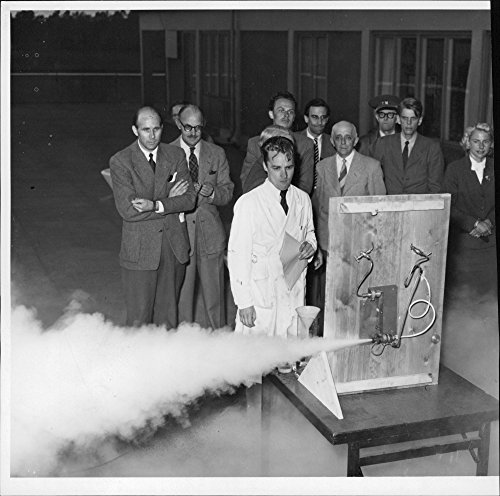 Vintage photo of Engineer Gilbert Larsson demonstrates its