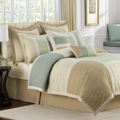 Brand New Bed Bath   Beyond Hollandale 8 Piece Queen Comforter Set  Multi Color