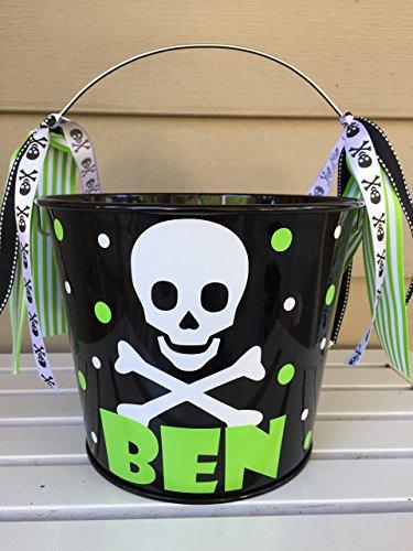 Personalized 5 quart Halloween pail- skull and crossbones design