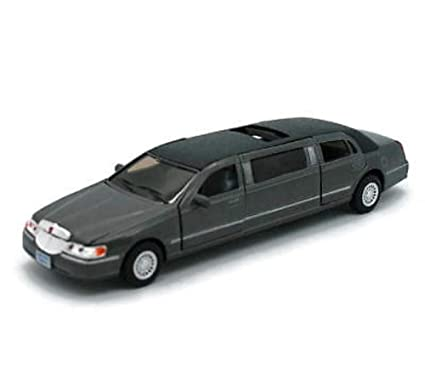 Amazon Com Kinsmart 1 38 Scale Diecast 1999 Lincoln Town Car
