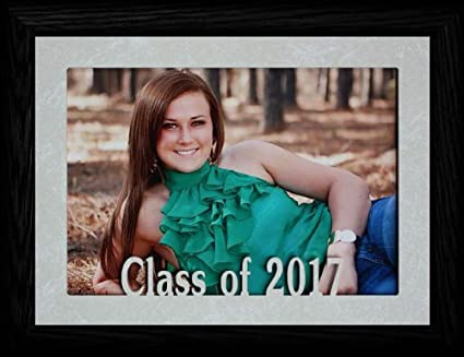 Amazoncom 5x7 Jumbo Class Of 2017 Landscape Picture Frame