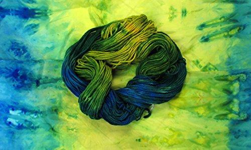 Hand Dyed Worsted Weight Yarn, Suri, Alpaca, Merino Blend (Yarn Merino Suri)