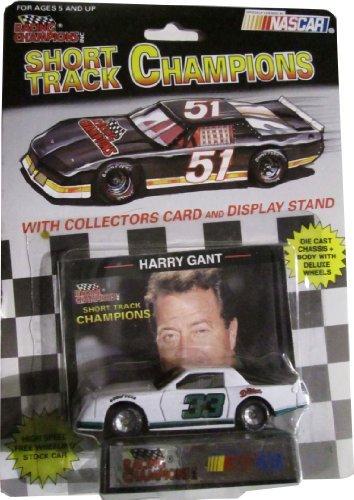 NASCAR RICHARD PETTY 1:64 CAR 1991 AND RACING CARD by NASCAR