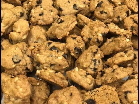 Vegetarian Eggless Flower Cookies - 250g by GraceBasket