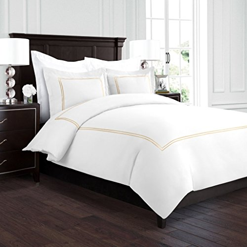 Beckham Hotel Collection Luxury Soft Brushed 2100 Series Embroidered Microfiber Duvet Cover Set with Beautiful 2-Stripe Embroidery - Hypoallergenic - Full/Queen - White/Gold