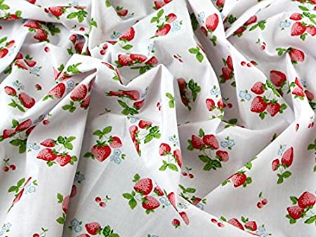 """1 MTR GREY STRAWBERRY PRINT 100/% COTTON FABRIC...45/"""" WIDE £4.50 SPECIAL OFFER"""