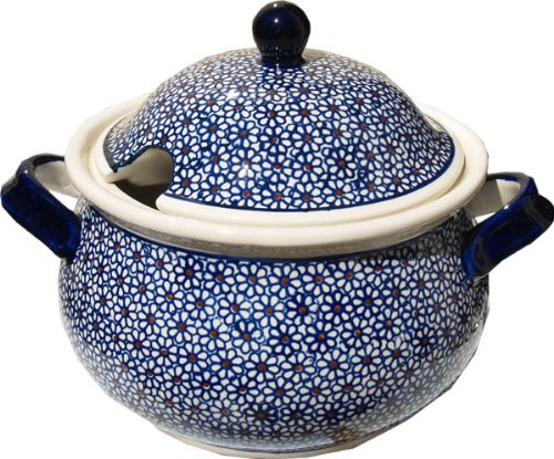 Polish Pottery Soup Tureen From Zaklady Ceramiczne Boleslawiec 1004-120 Classic Pattern, 13.4 Cups