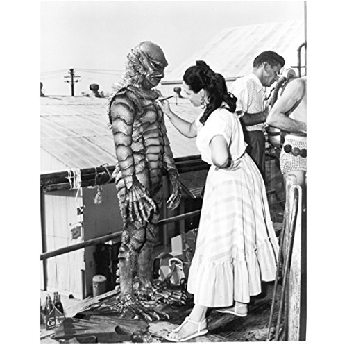 creature-from-the-black-lagoon-1954-8-inch-by-10-inch-photograph-bw-pic-ben-chapman-full-body-touch-