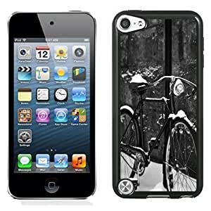 NEW Unique Custom Designed iPod Touch 5 Phone Case With Retro Bycicle Snow_Black Phone Case